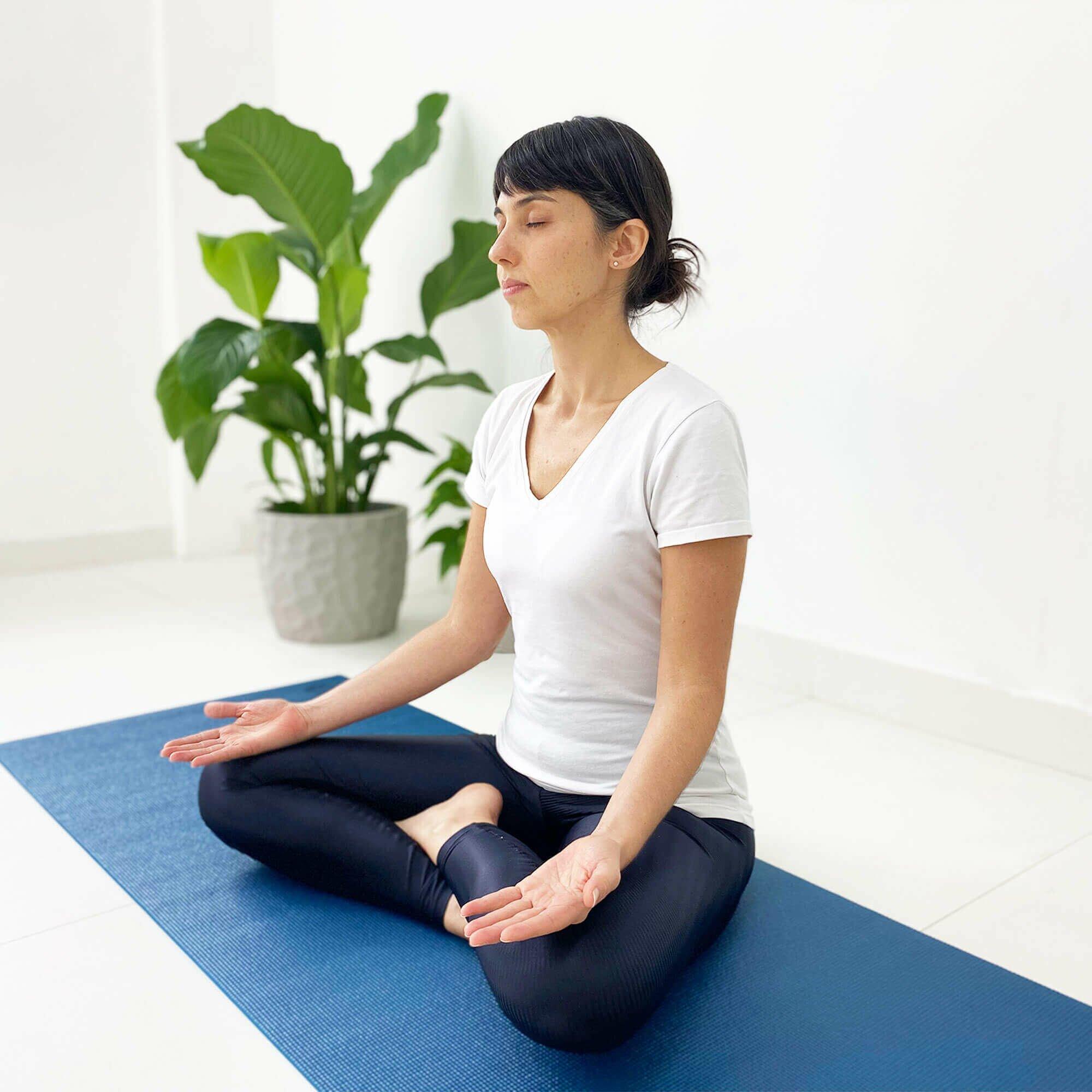 asana-tapete-yoga-yogateria-petroleo-10