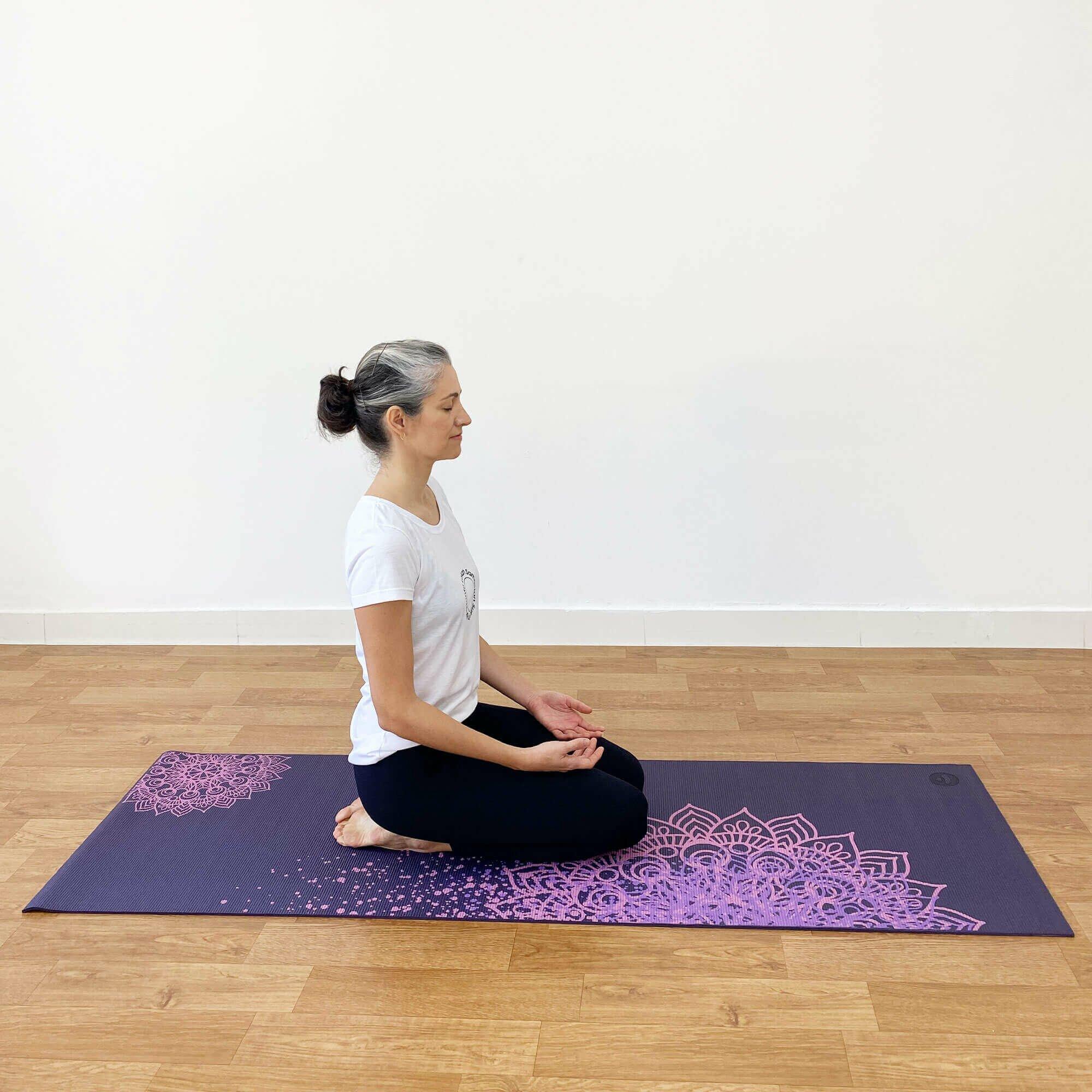 tapete-yoga-leela-mandaladesign-yogateria-ameixa-8