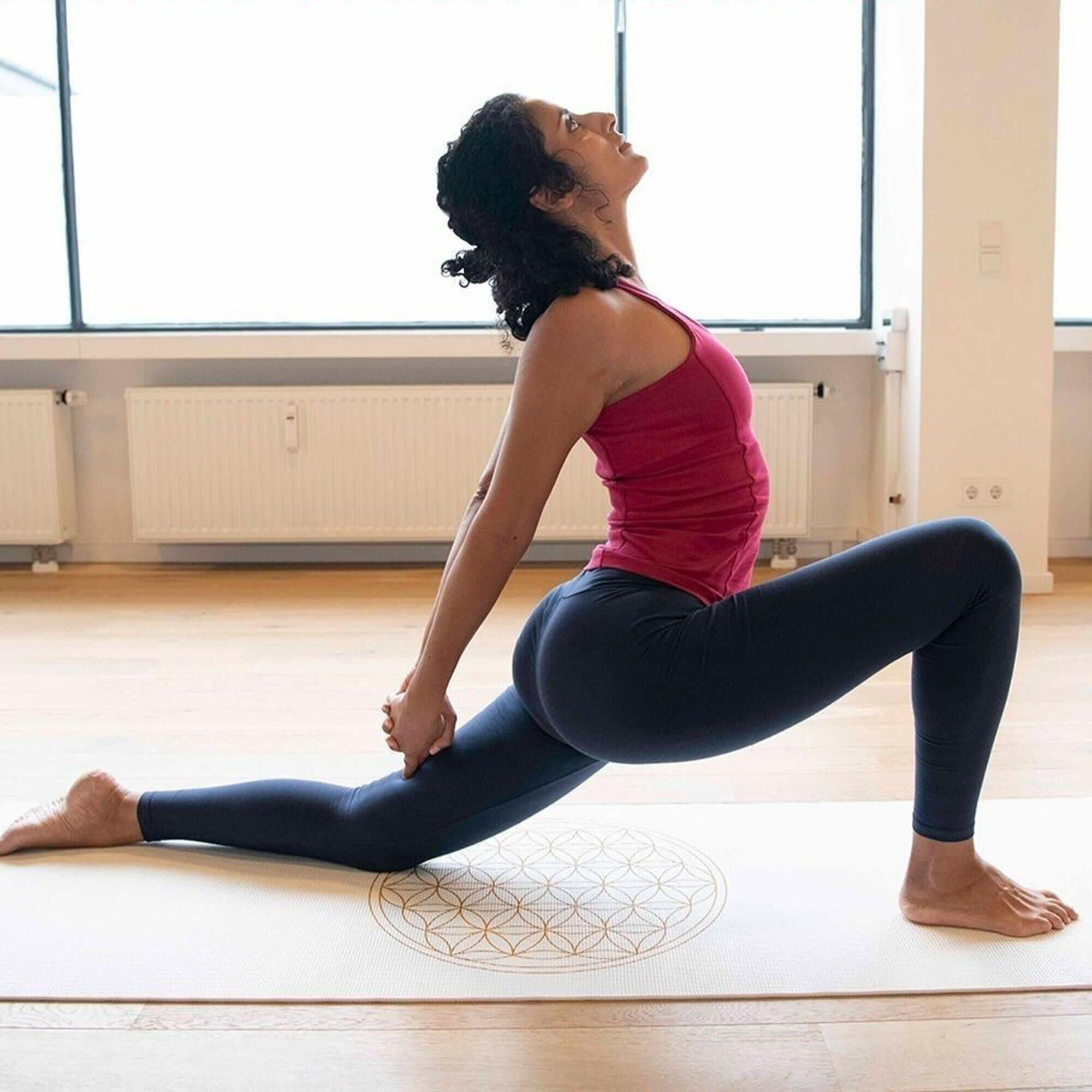 tapete-yoga-flordavida-yogateria-branco-6