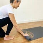 tapete-yoga-flordavida-yogateria-grafite-5