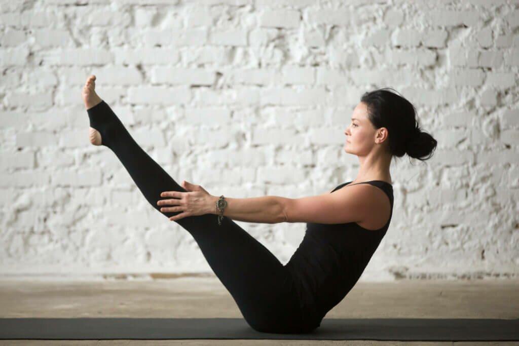 Yoga para iniciantes: As 30 melhores posturas de yoga 3