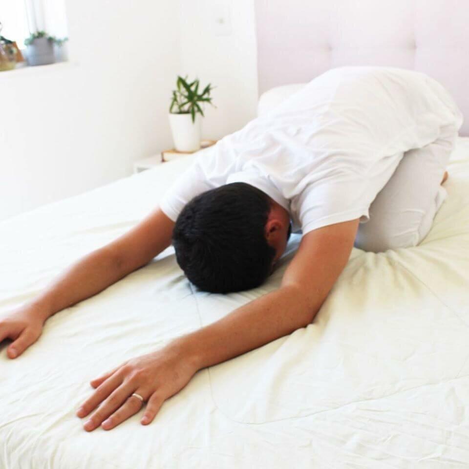 yoga-para-dormir-4-yogateria