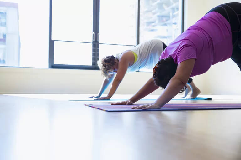 yoga-para-emagrecer-yogateria-2