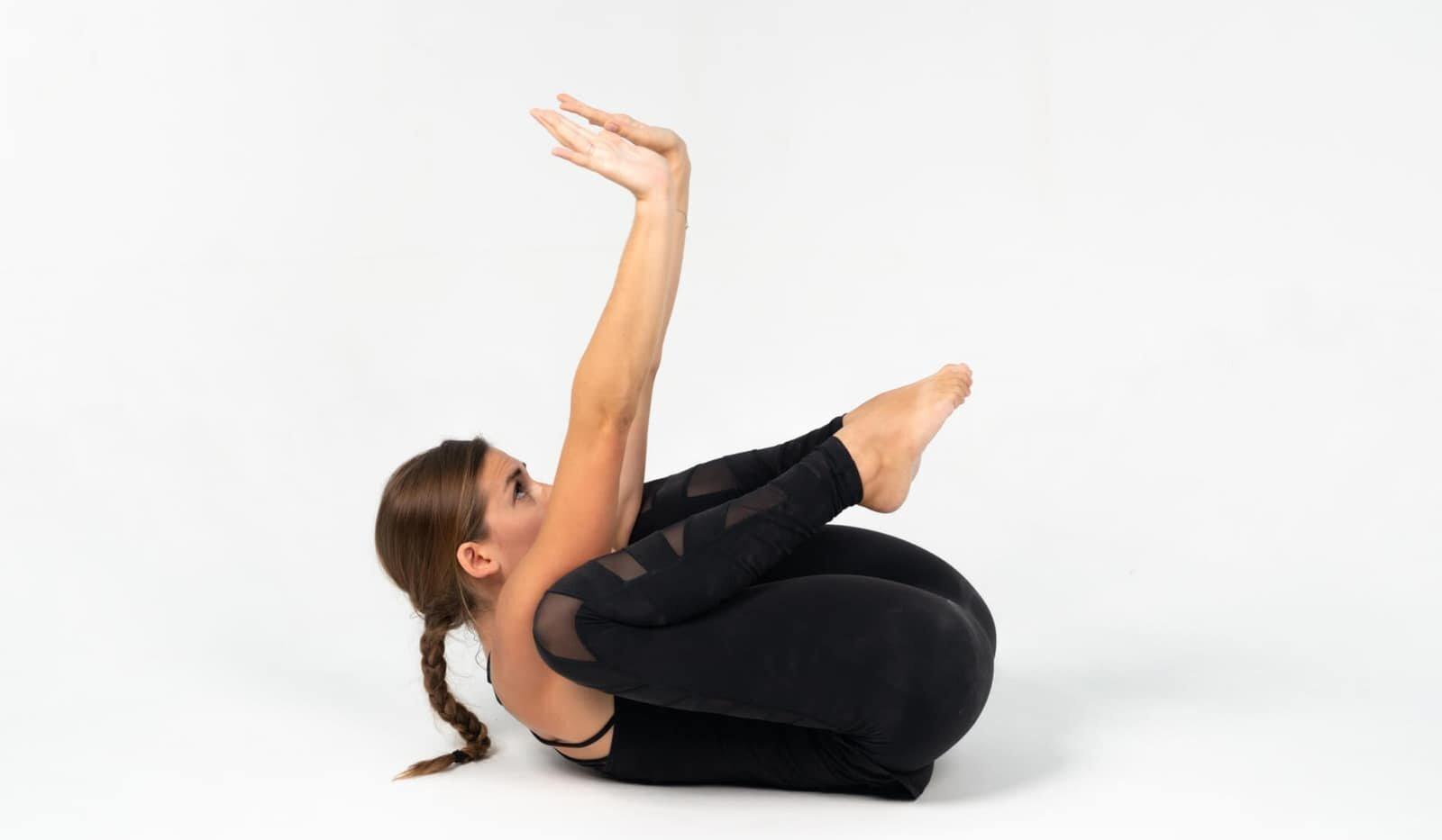 bakasana-postura-corvo-yogateria9
