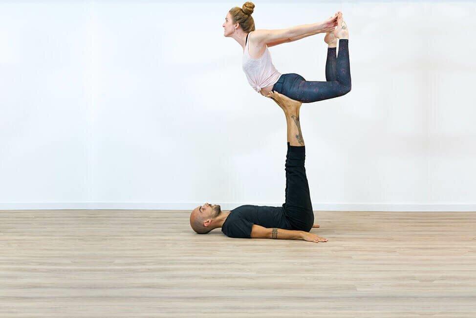 yoga-em-dupla-yogateria8.2