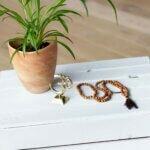 simbolo-OM-dourada-yogateria3